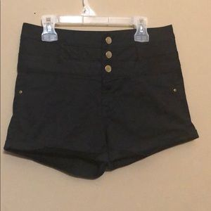 Refuge Black 3 Button Fly with Zipper High Waisted
